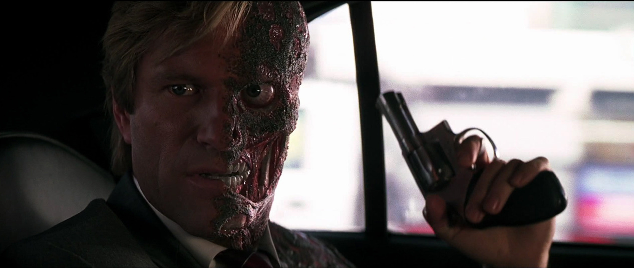 -harvey-dent-two-face-the-dark-knight-screencaps-harvey-dent-13409515-1266-536