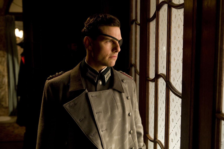 Von Stauffenberg overlooks the plan to asassinate Hitler.