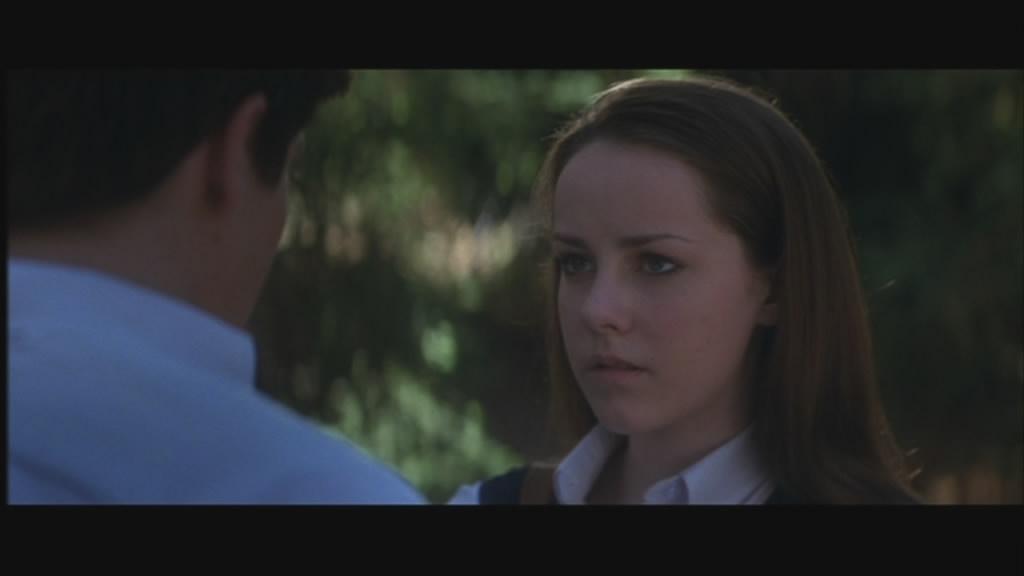 Jena Malone is Gretchen, Donnie's romantic interest...