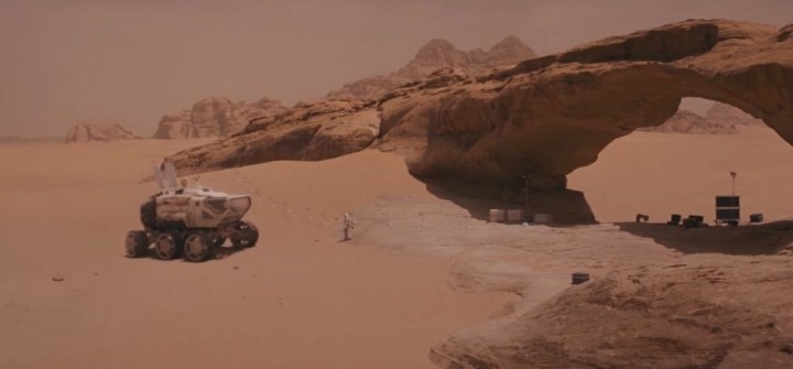 Weird how much the surface of Mars looks like a Middle Eastern country....