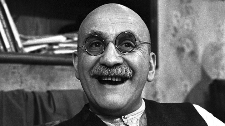 Warren Mitchell - 1926-2015