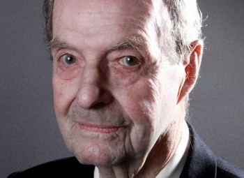 Film director Guy Hamilton has passed away aged 93.