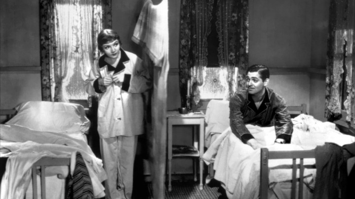 Clark Gable and Claudette Colbert in It Happened One Night.