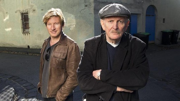 Paul Cox (R) with actor David Wenham (L).