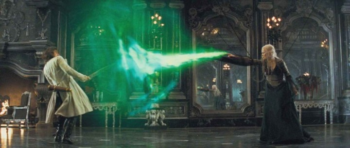 Green magic? Awesome! That's sooooo Harry Potter!!