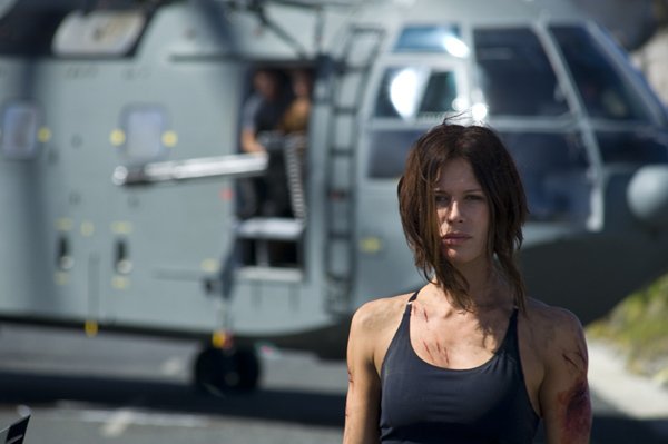 doomsday_movie_image_rhona_mitra__1_