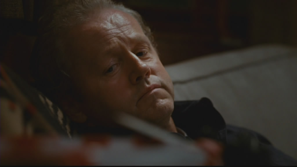 David Morse kicks back. Well done him!