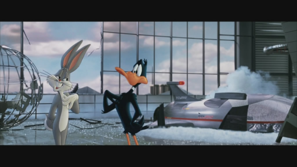 Bugs & Daffy communicate.