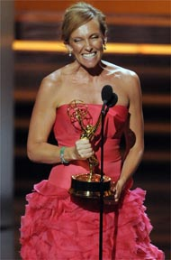 Toni Collette wins her Emmy Award.