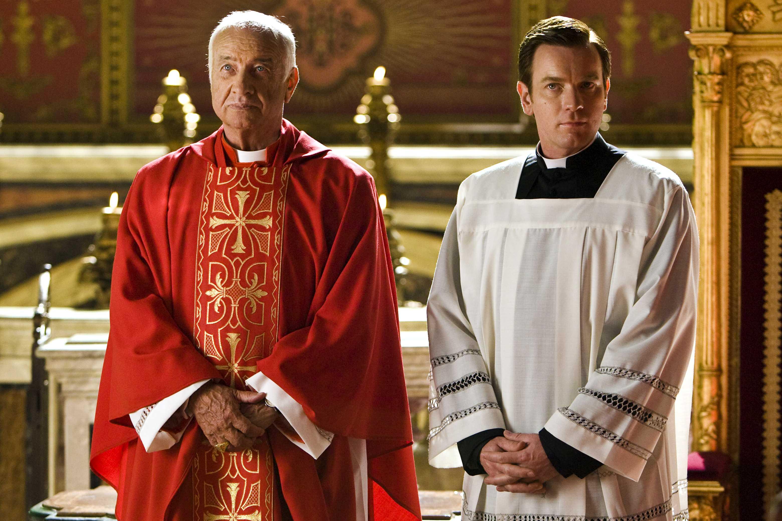 Armin Mueller-Stahl & Ewan McGregor on the set of Angels & Demons