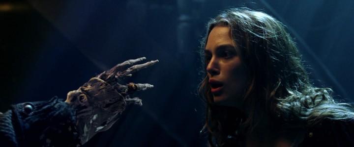 Barbossa_Cursed_Hand_COTBP
