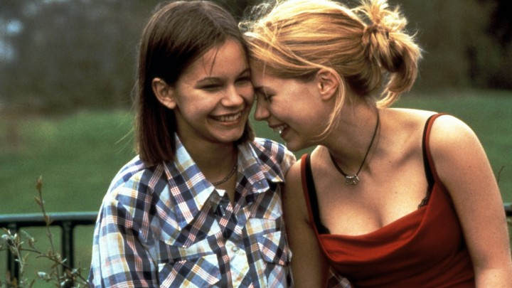 20140704-favourite-coming-out-scenes-show-me-love-1998-001-girls-00m-gz3-1920x1080_0