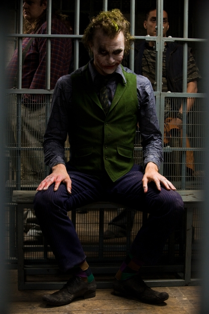 the joker batman the dark knight 2912x4368 wallpaper_www.wallpaperno.com_72