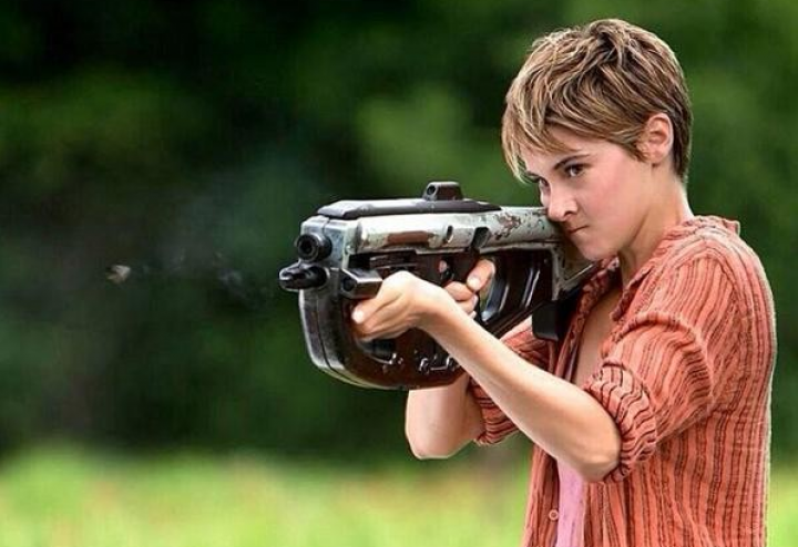 insurgent-movie-review-720x494