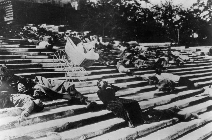 A scene from The Battleship Potempkin (1925)