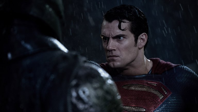 batman_v_superman_dawn_of_justice_still_9