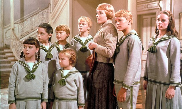Charmian Carr (Far right) with Julie Andrews (Center) and the rest of her on-screen siblings in 1965's The Sound Of Music.