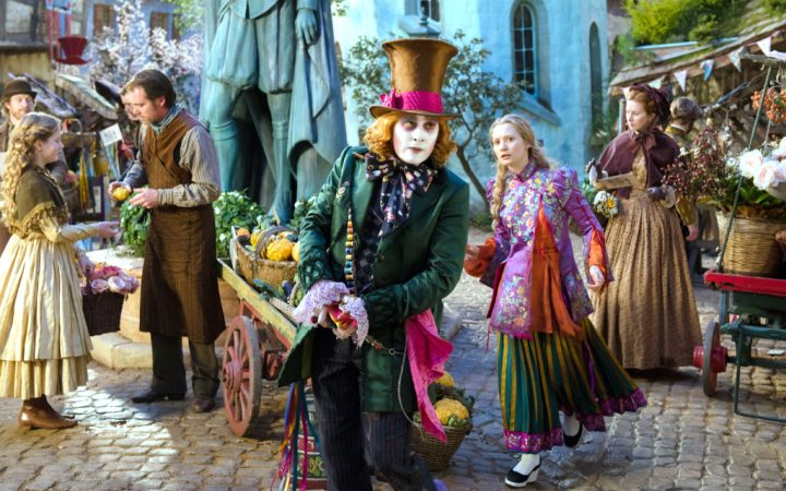 alice_through_the_looking_glass_mia_wasikowska_johnny_depp-wide