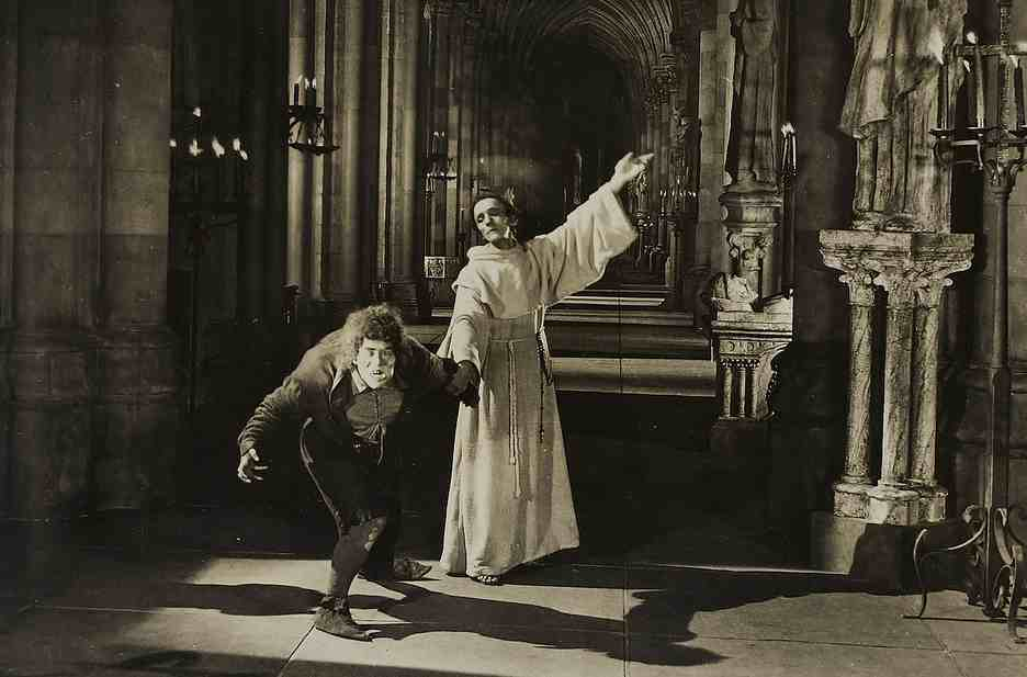 Movie Review - Hunchback Of Notre Dame, The  (1923)